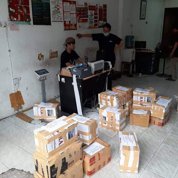 KSHI Kembali Salurkan Bantuan Sosial untuk Para Karyawan Salon Imbas COVID-19